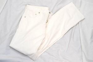 white_pants_02