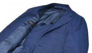 紺ジャケットの着こなしをレベルアップする方法