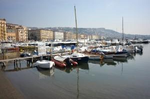 【イタリア ナポリ】静かな休日を過ごせる3つの場所