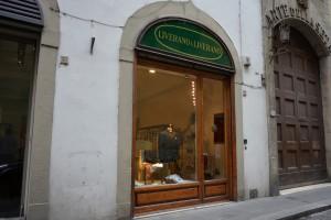 LIVERANO & LIVERANO イタリアで最も美しい曲線を描くサルトリア