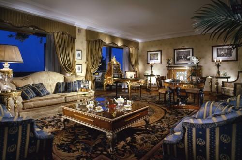 Rome-Cavalieri-Napoleon-Suite-living-room