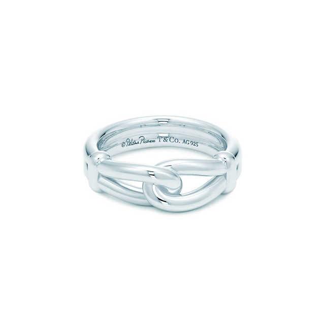 wholesale dealer 59e90 43279 クロムハーツは時代遅れ!?】今お洒落なメンズの指輪ブランドは ...