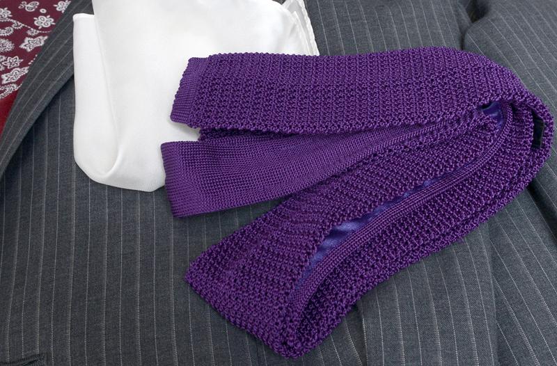 knit-tie-brighter