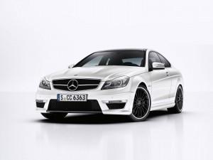 Mercedes-Benz-C63_AMG_Coupe-2012-1600-5e