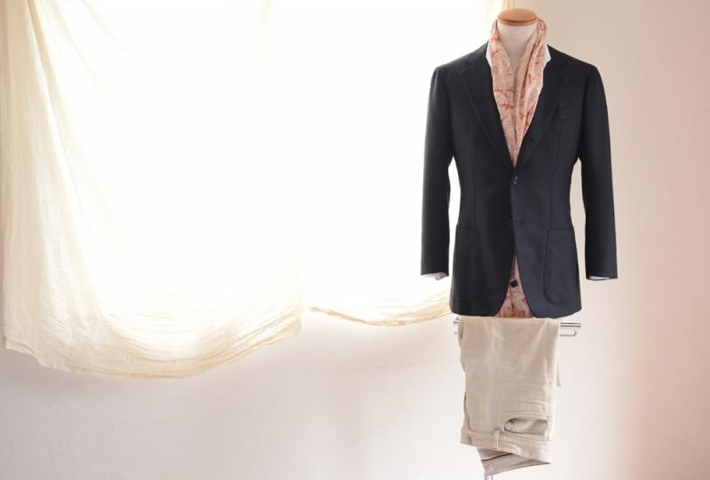 Antonio Panico (Jacket) Loro Piana (Denim) Salvatore Ferragamo (Shirts) TIE YOUR TIE (Stole)