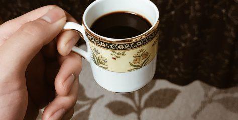 朝食のコーヒーにはWEDGWOODのデミタスカップがお勧め